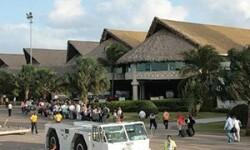 Международные аэропорты Доминиканы – карибские терминалы под пальмовыми листьями и палящим солнцем