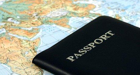 Летом ФМС начнет выдачу загранпаспортов с отпечатками пальцев