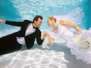 Фото свадьбы под водой на Мальдивах