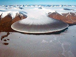 Знаменитый ледник в Гренландии