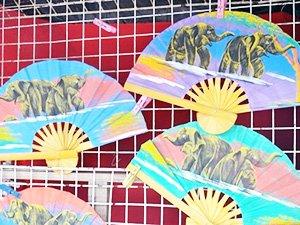 Бумажный веер из Паттайи