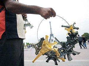 Какие сувениры привезти на память о Франции