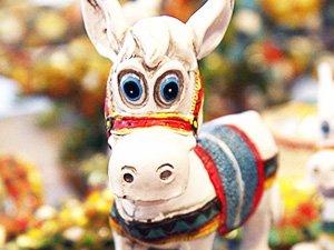 Кипрские сувениры - фигурка ослика