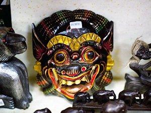 Паттайские сувениры - маска