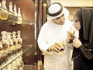 Какие духи стоит везти из Эмиратов