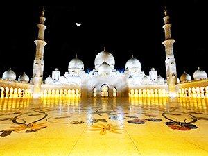 Что можно посмотреть в Абу-Даби - мечеть Шейха Зайеда