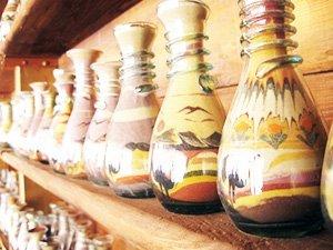 Дубайские сувениры - бутылочки с песокм
