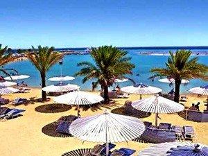 "Пляж при отеле ""Dana Beach Resort"""