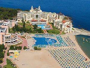 Отели с пляжными зонами в Болгарии