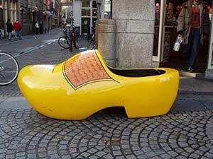 Что привезти туристу из Амстердама